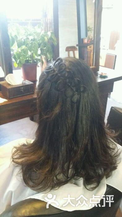 艺秀阁发型设计的点评图片